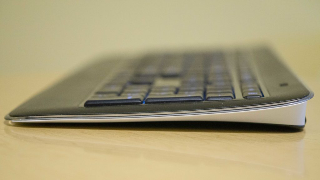 Logitech K800 Keyboard Side Profile